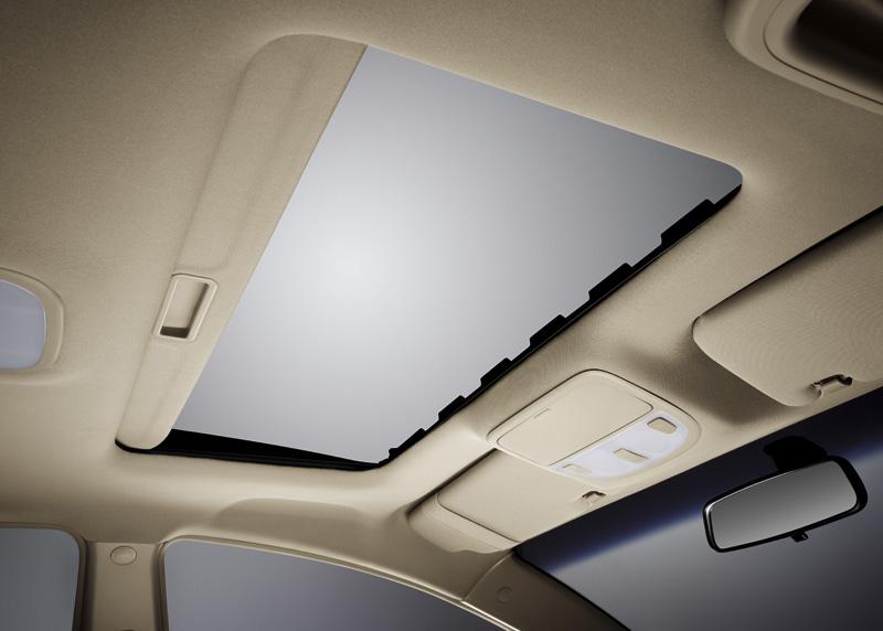 صورة من داخل السيارة جيلي EC7 – 2014