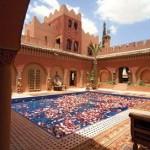 حمام مغربي داخل قصر آيت