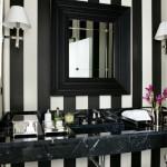 black and white bathroom design ideas 13 150x150 سيراميك حوائط وارضيات حمامات ابيض واسود مربعات مع بانيو انيق ابيض اللون