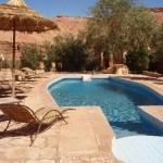 حمام سباحة داخل قصر آيت