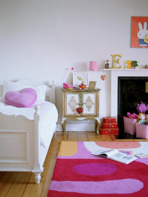 تصاميم غرف نوم بنات بسيطة | المرسال