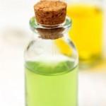 فوائد واضرار الزيت العطري بنزوين