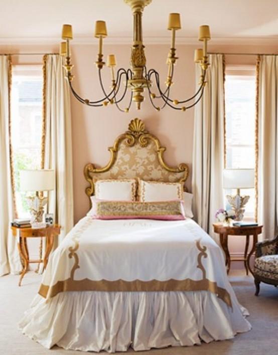 تصاميم غرف نوم ابيض وذهبي | المرسال