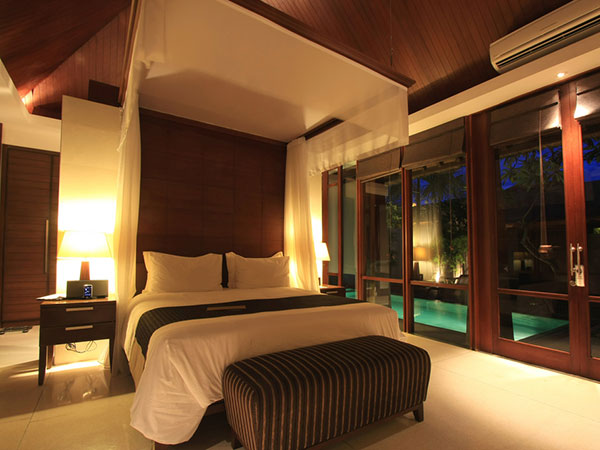 Rich bedroom designs 28 images 100 master bedroom for Rich bedroom designs