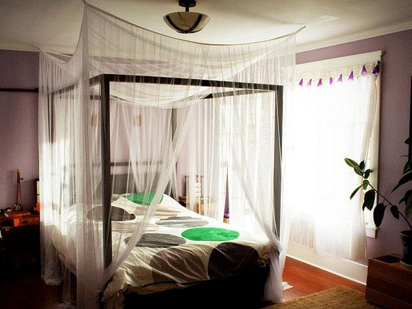 ستائر حول السرير لتزيين غرف النوم الصغيرة | المرسال