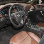 المقاعد الامامية للسيارة بيوك ريجال 2014