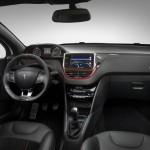 المقاعد الامامية للسيارة بيجو 208 – 2014