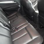 المقاعد الخلفية للسيارة ايسوزو MU-X 2014