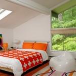 الوان زاهية بمفارش غرف النوم