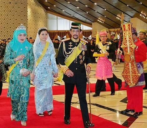 الرئيس يهنئ سلطان بروناي لمناسبة الاحتفال بالعيد الوطني