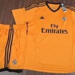 الزي الجديد لنادي ريال مدريد فيتامين سي 2014