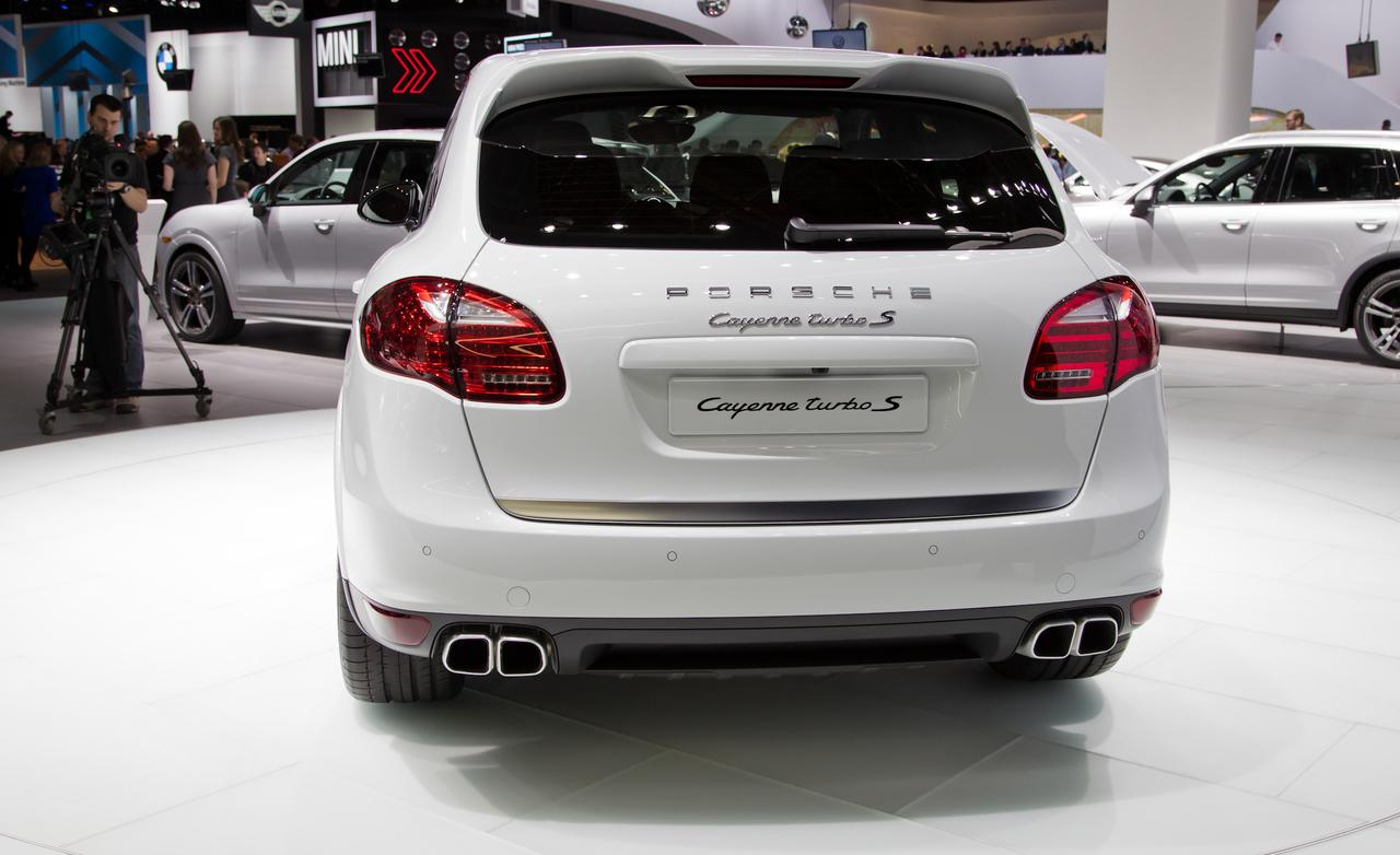 ������� ���� ����� ٢٠١٤ ���� 2014-Porsche-Cayenne-Turbo-S-photo.jpg