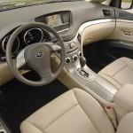 المقاعد الامامية للسيارة سوبارو تريبيكا 2014