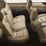 المقاعد الخلفية للسيارة سوبارو تريبيكا 2014