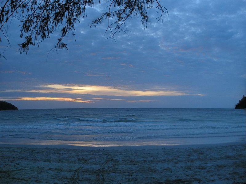 رحلة لجزيرة بانكور في ماليزيا Sunset-at-Pangkor-Island.