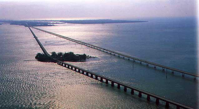 جسر الاميال السبعة ... هو الجسر الشهير في فلوريدا | المرسال