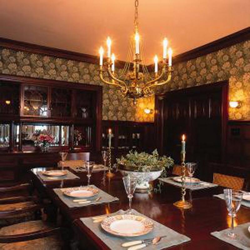غرف طعام كلاسيك باللون البني | المرسال