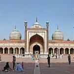 مسجد جاما . . . اكبر واشهر مسجد في الهند