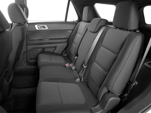 صورة مقاعد السيارة فورد اكسبلورر اكس تي ال 2014 | المرسال