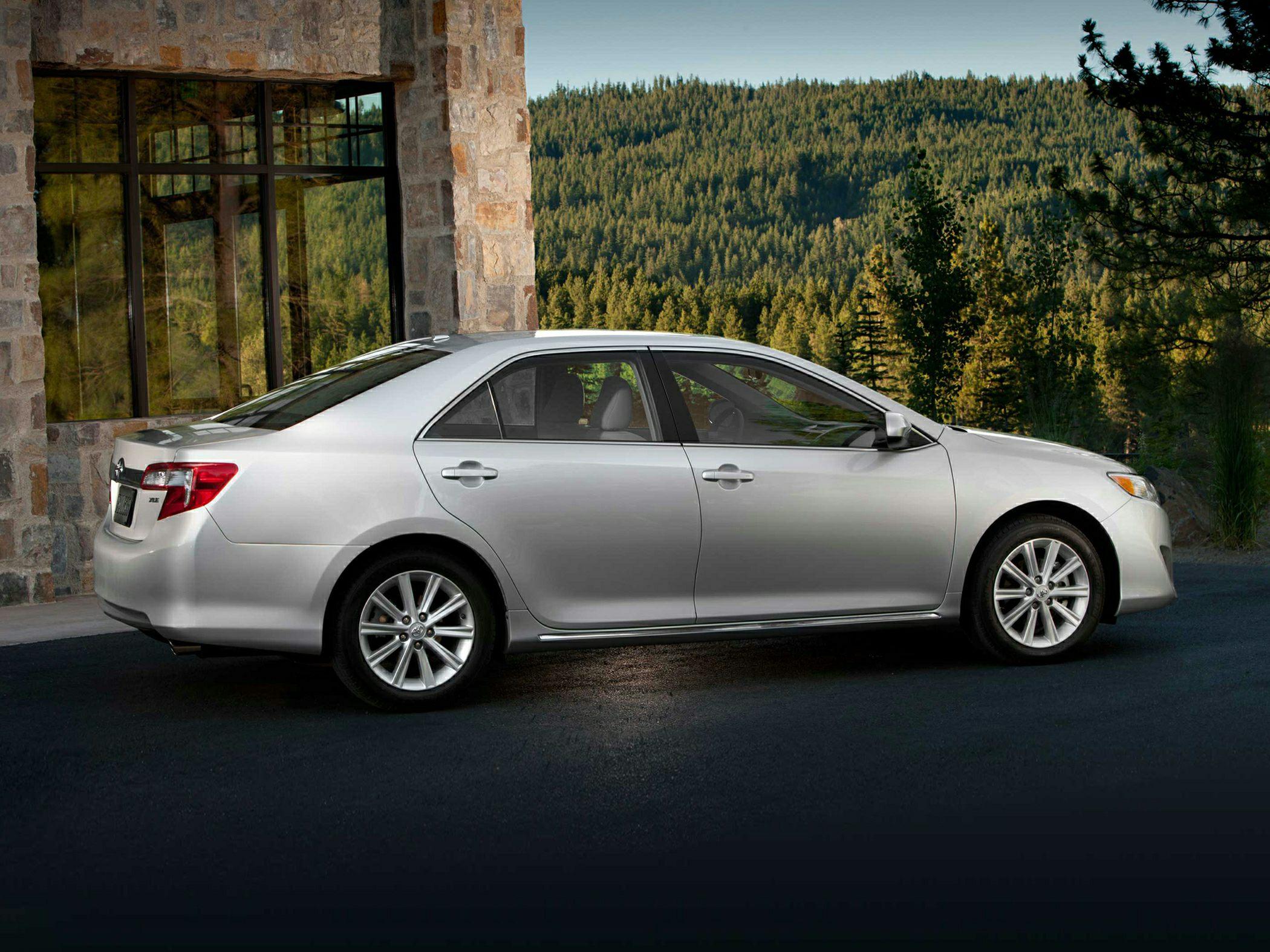 ������� ���� ٢٠١٤ ����� ���� 2014-Toyota-Camry-Sedan-L-4dr-Sedan-Photo-1.jpg