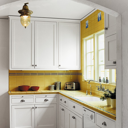 : تصميمات مطابخ مساحة صغيرة : مطابخ
