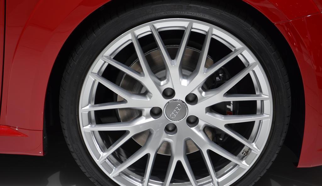 ������� ���� ٢٠١٥ ���� ٢٠١٥ 2015-Audi-TT-S-03.jpg