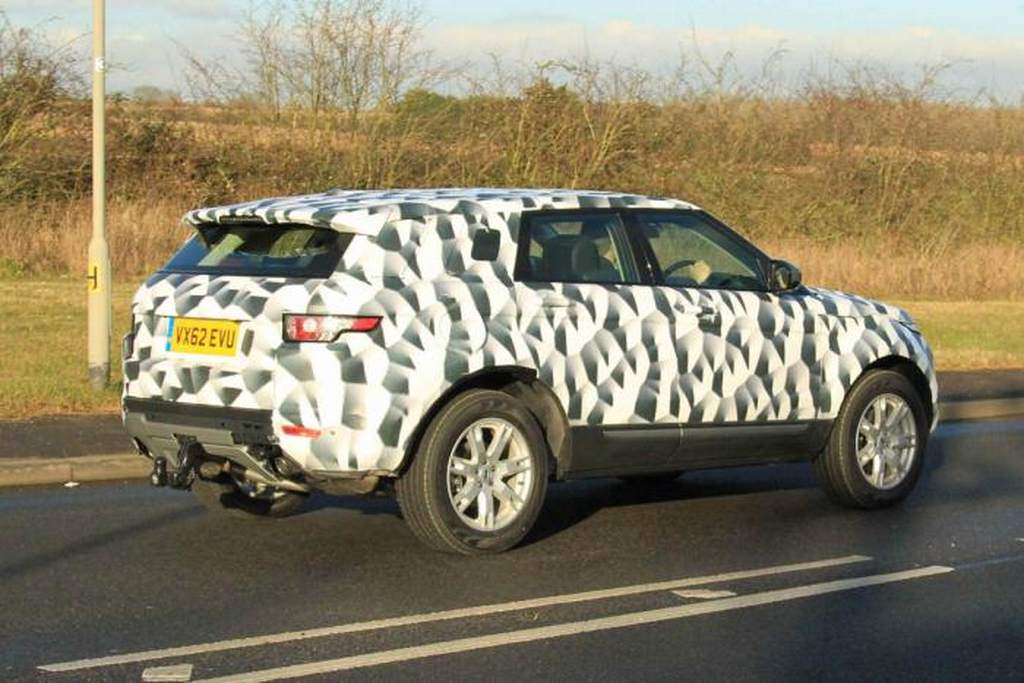 ������� �������� �������� ٢٠١٥ ����� 2015-Land-Rover-Freelander-3-Pictures.jpg
