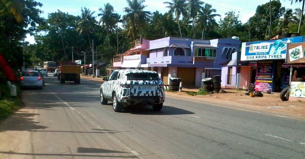 ������� �������� �������� ٢٠١٥ ����� 2015-Land-Rover-Freelander-Spied-in-India-rear-image-1024x535.jpg