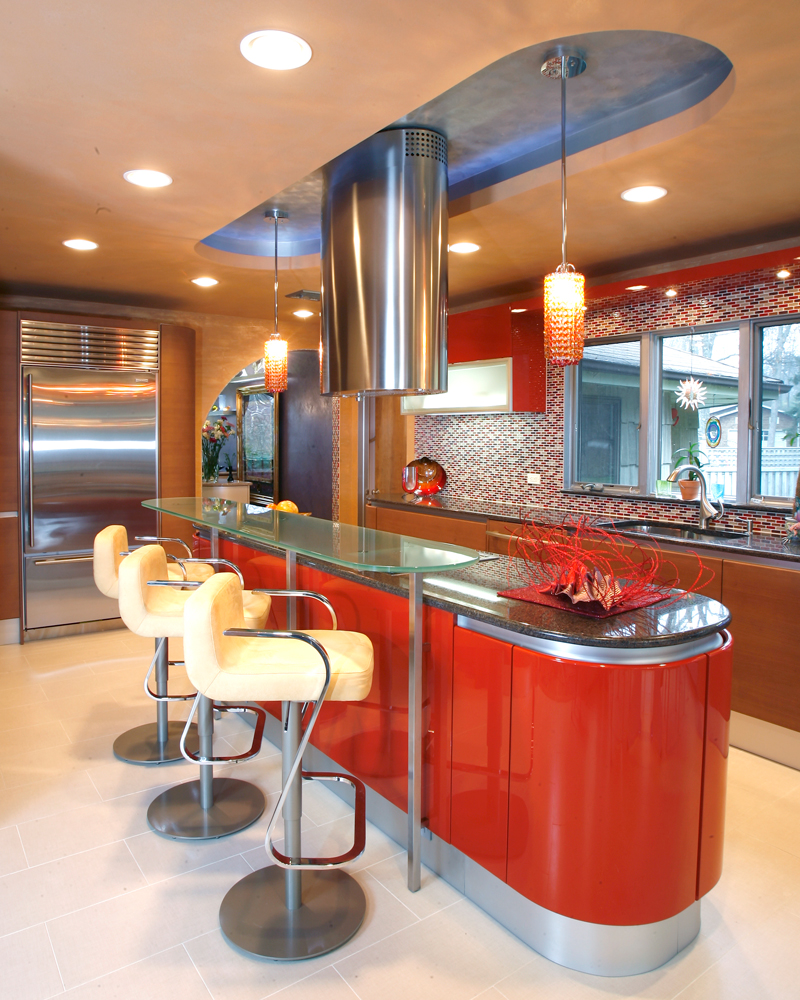 ������ ����� ������� ٢٠١٥ ������� Italian-Cabinets-bold-use-of-color-and-curves-porcelain-tile.jpg