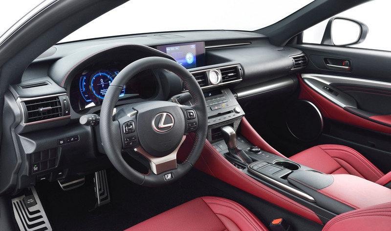 صورة من داخل السيارة لكزس ار سي 350 اف سبورت 2015 | المرسال