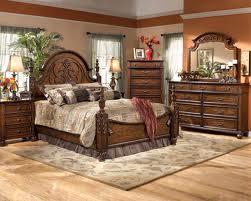 موديلات غرف نوم طراز قديم هادئة | المرسال