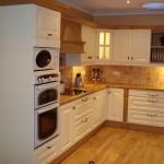 ارضيات خشبية بالمطبخ