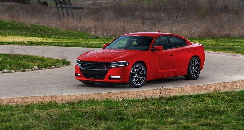 ������� ���� ������ ٢٠١٥ ����� Interface-2015-Dodge-Charger.jpg