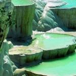 حمامات الصخور الطبيعية في تركيا
