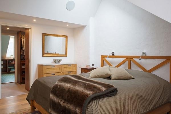 ����� ����� ������� ٢٠١٥ bedroom-design-ideas-chalet-flair-wooden-furniture-Loft-in-Kungsholmen.jpg