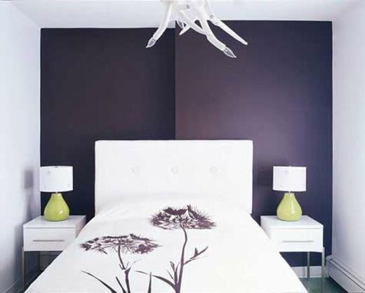����� ����� ������� ٢٠١٥ purple-white-small-bedroom-design.jpg