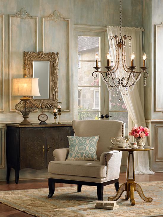 الديكور الفرنسي traditional-chandeli