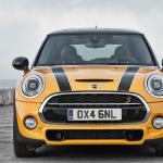 اشهر سيارة في بريطانيا ميني كوبر هارد توب 2014