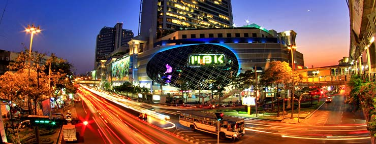 ارقى وأفخم الماركات العالمية من الملابس ومستحضرات التجميل والمنتجات عالية
