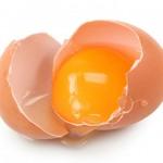 استخدام البيض لنمو الشعر - 138733
