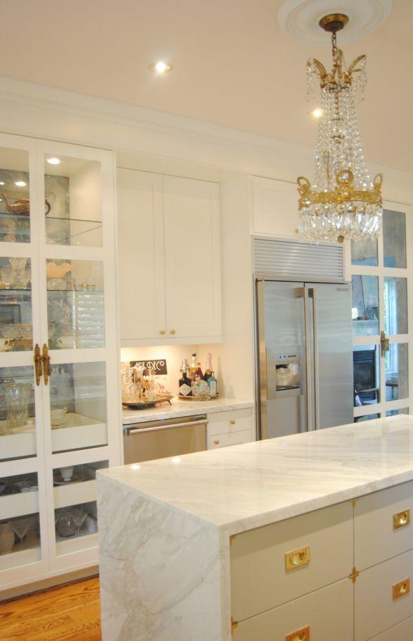 Gold kitchen for Kitchen ideas rose gold