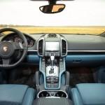 المقصورة الأمامية لسيارة كايين 2015 - 145050