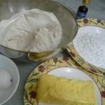 مقادير لعمل بسكويت القرفة ، الزبدة والدقيق والبيض