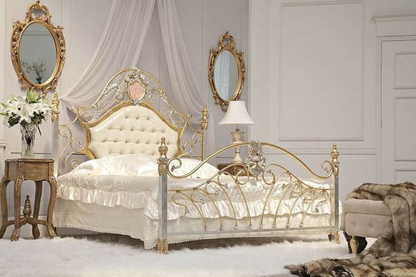 antique wrought iron beds غرف نوم بسرير حديد مشغول