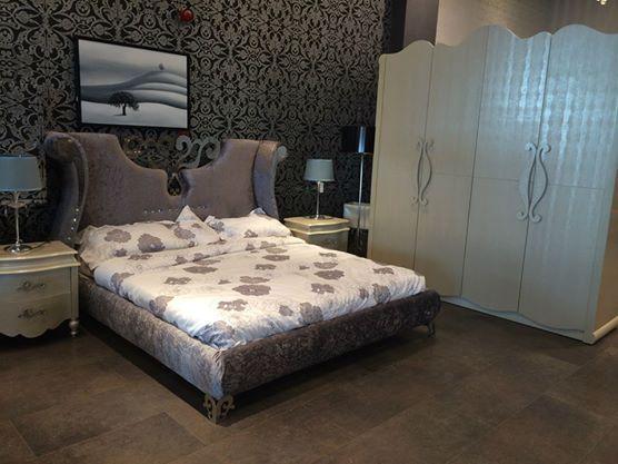 سرير تحفة تقديم شركة هاي بوينت لغرف النوم | المرسال