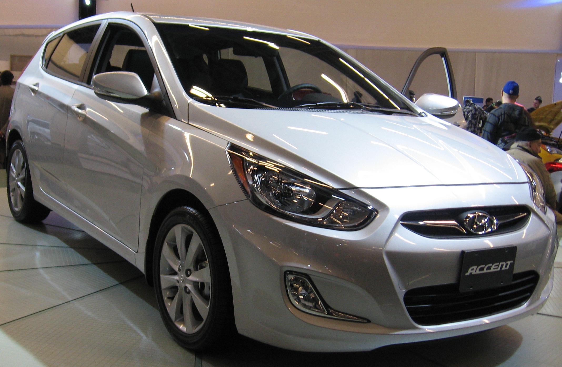 تقرير شامل بالصور عن اكسنت Hyundai Accent 2015 الجديدة