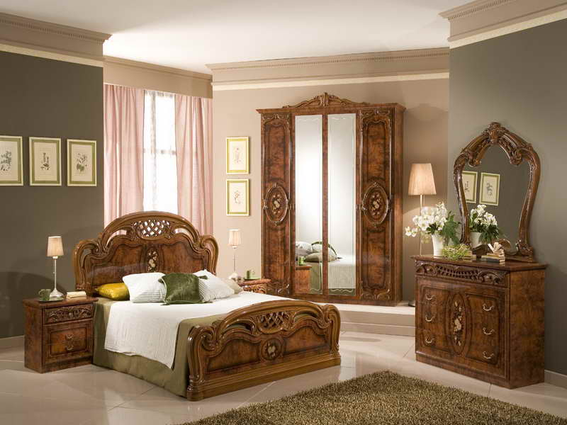 Old-style Bedrooms