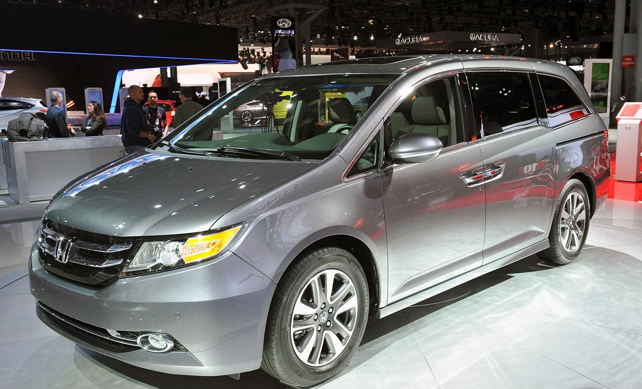 Kelebihan Kekurangan Honda Odyssey 2015 Spesifikasi