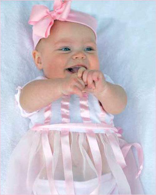 ملابس اطفال New-born-baby-clothing