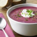حساء الشمندر الاحمر